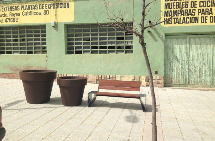 06 Fraga mobiliario urbano