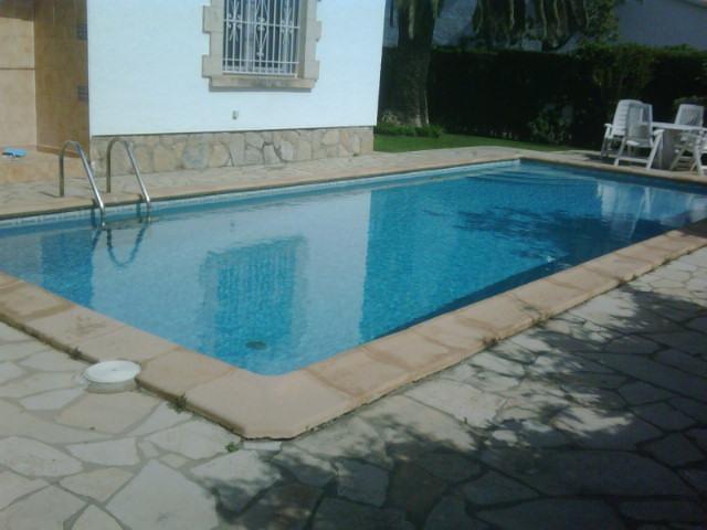 15 Salou piscina FF